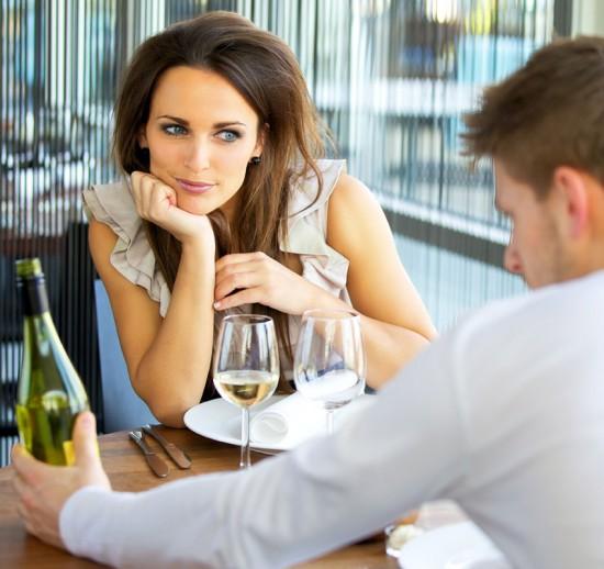 Tegn på at den du dater er interessert