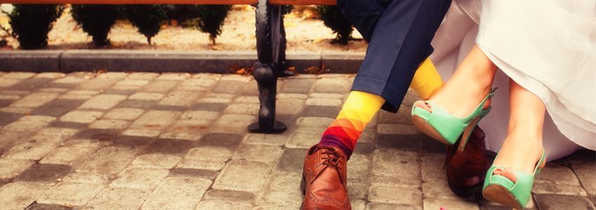 Par med mer beskjedne bryllup har større sjanse for å fortsette å holde sammen